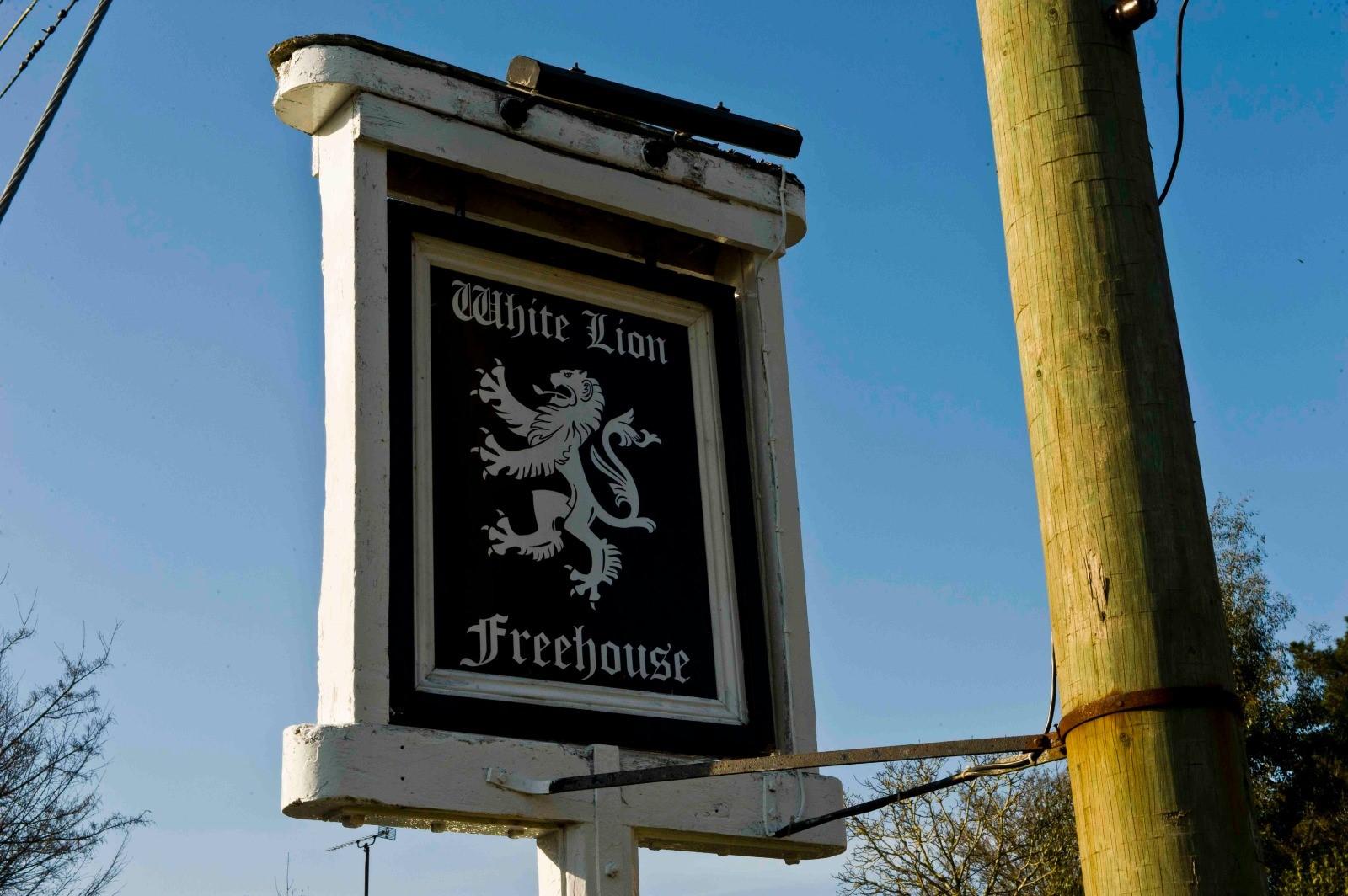 The White Lion Inn, Thakeham - South Downs Wonderful Pubs ...